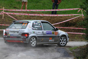 Ignacio Braña se impone en el Rallye de Navia