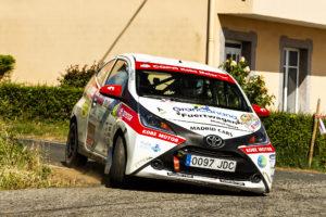 Alejandro Martín resiste en un complicado Rallye de Ferrol